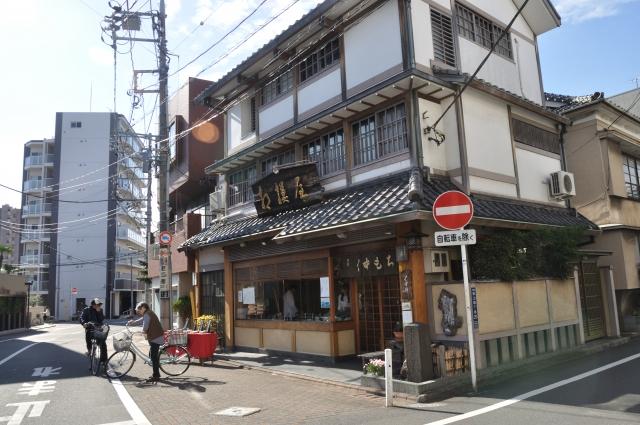 100年老舗は25,000社、1000年老舗まで存在する日本