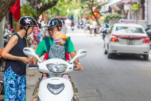vietnam-scooter-young-family